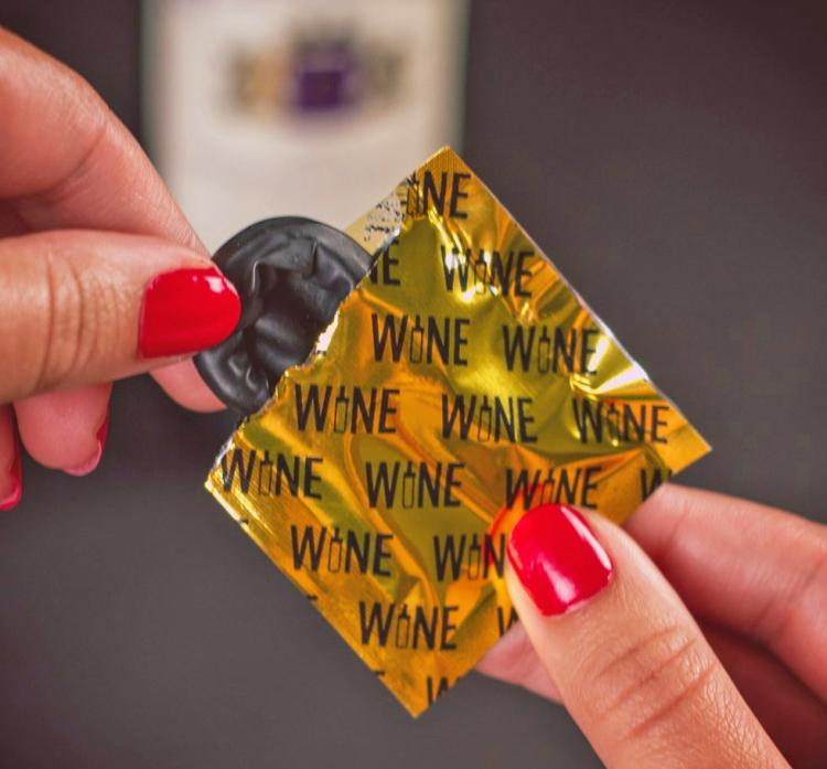 Rubber latex wine condom for wine bottles